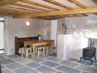 Wallabarrow Camping Barn. 36_camping_barn_living_room